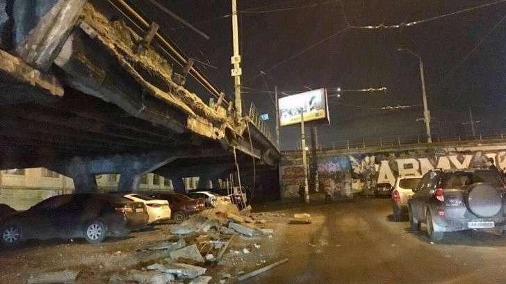 Кличко: мост в Киеве упал, потому что «устал от времени»