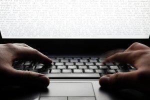 Интернет-отмычка американской дипломатии: свержение неугодных лидеров