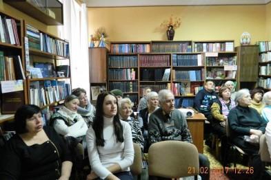 В Мариуполе в День родного языка читали русские стихи о «бандеровцах, плюющих в Азовское море»