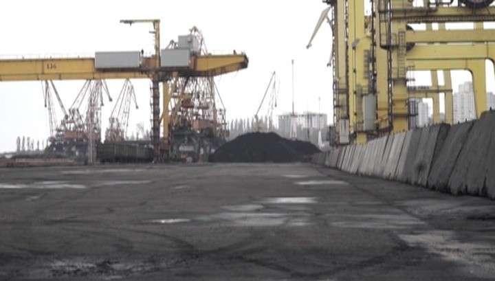 Украинские олигархи теряют заводы из-за блокады Донбасса