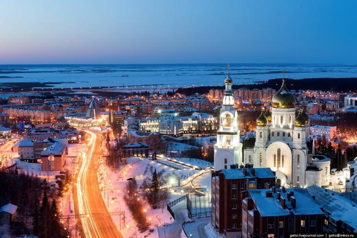 Ханты-Мансийск свысоты: компактный красавец среди тайги