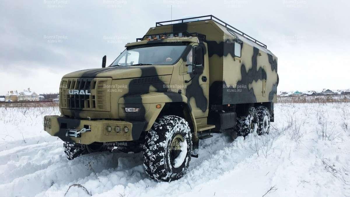 Российский комфортабельный дом на колесах на базе Урал Next