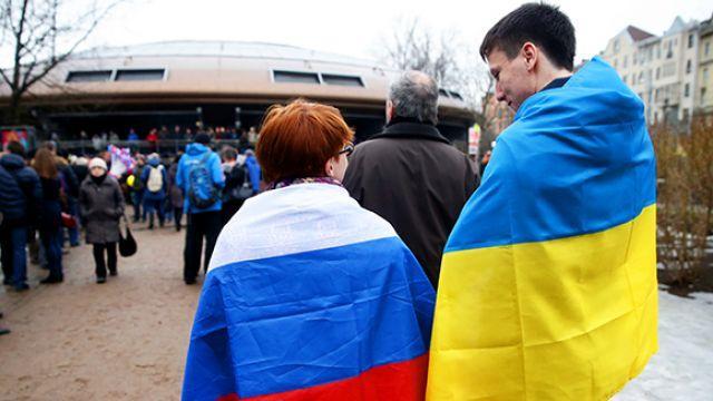 По результатам соцопроса только 5% украинцев не используют русский язык