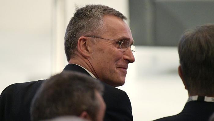 Глобалисткая бюрократия НАТО истерит, Ростислав Ищенко