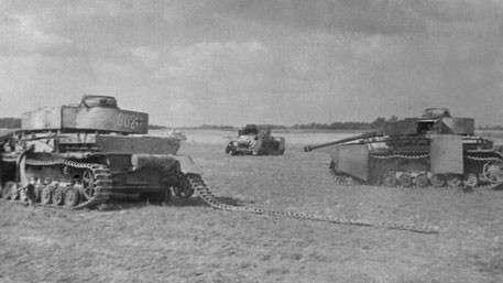 СУ-152 легендарный русский «Зверобой» – убийца немецких «Тигров» и «Пантер»