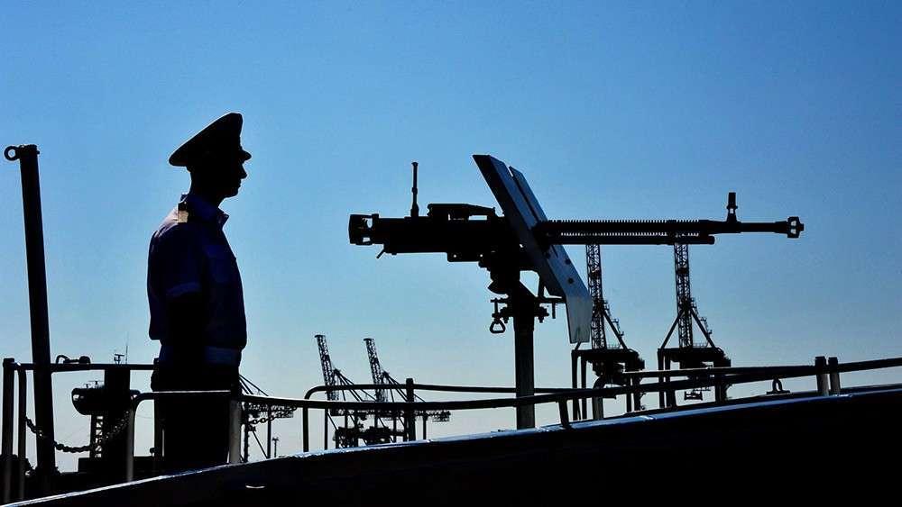 Украинские каратели атаковали ДНР из Азовского моря