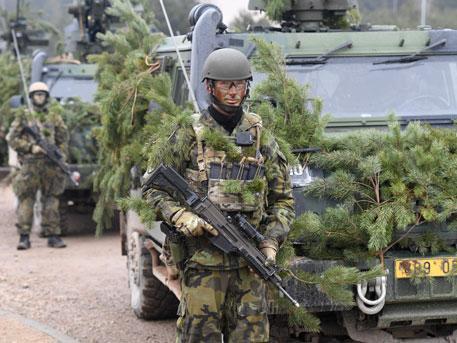 Натовские захватчики перебрасывают войска в Эстонию