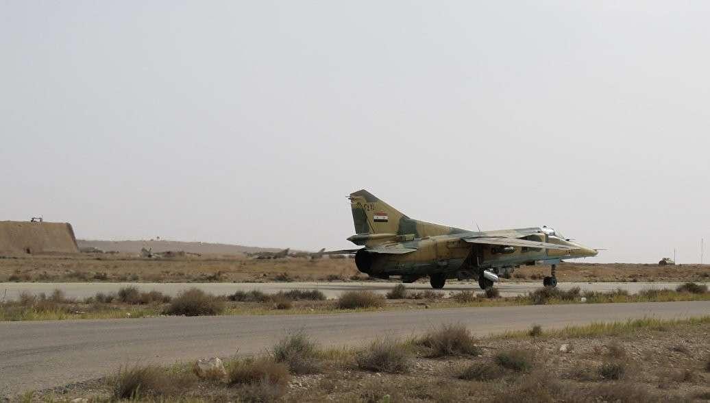 Пилот сирийского самолета, упавшего у турецкой границы заявил, что его сбили