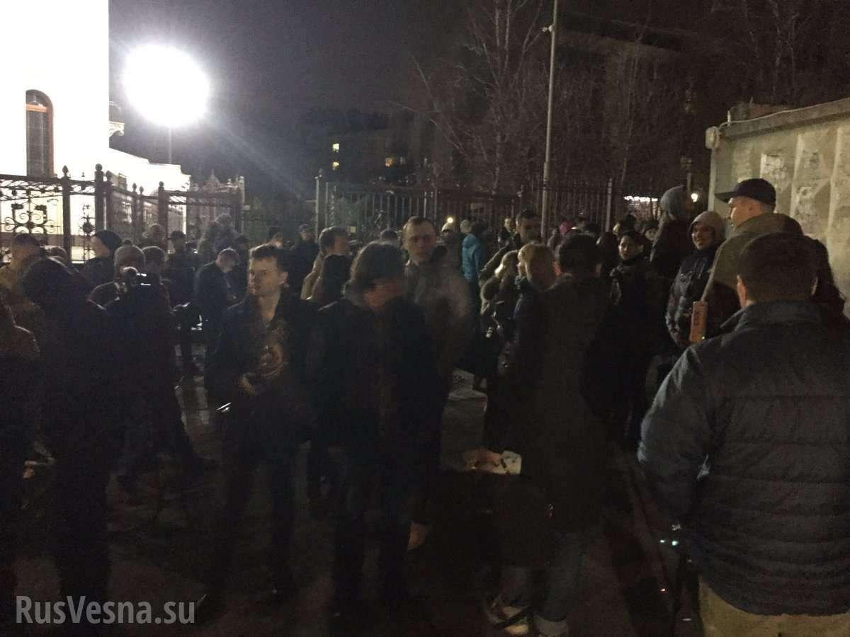 Нерусские люди пытаются затеять новый госпереворот в Киеве
