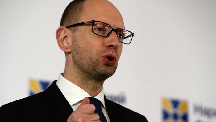 Яценюка «уделал» ведущий «Би-би-си» по теме России