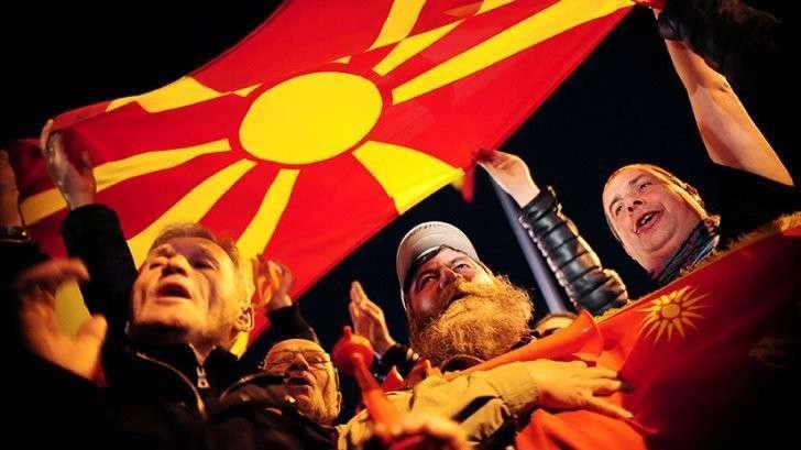 Балканский гамбит: Могерини&Джонсон против России