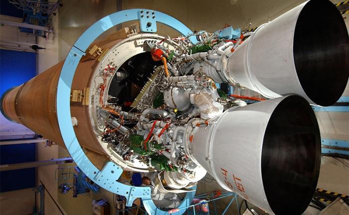 Американская космонавтика делает попытки избавиться от российских двигателей РД-180