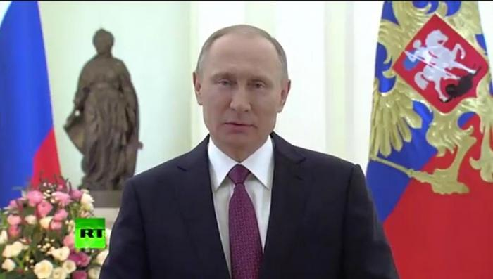 Президент Путин поздравил женщин с Международным женским днём стихами
