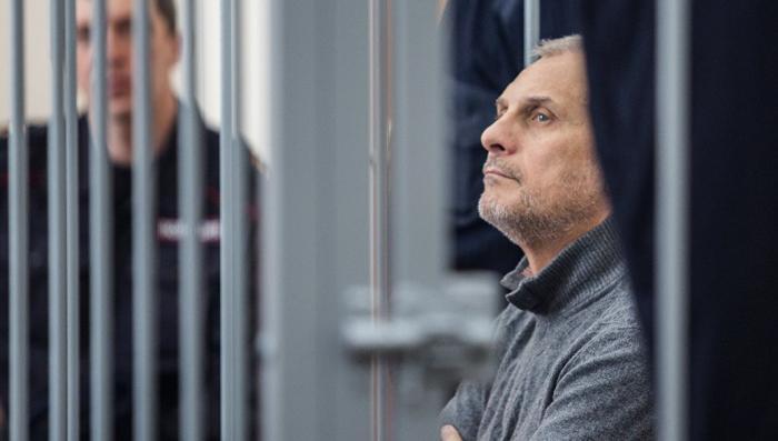 """Хорошавин не """"соскочит"""": суд отказался закрывать процесс по делу экс-губернатора Сахалина"""