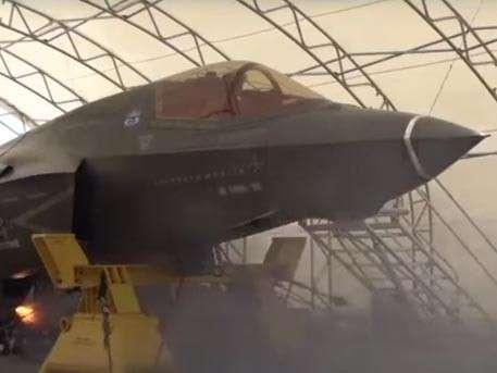 Полный провал: американский истребитель F-35 даже не научили наводиться на цель