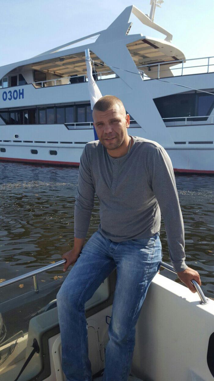Военного из Тольятти погибшего в Сирии из-за взрыва фугаса отправили в последний путь