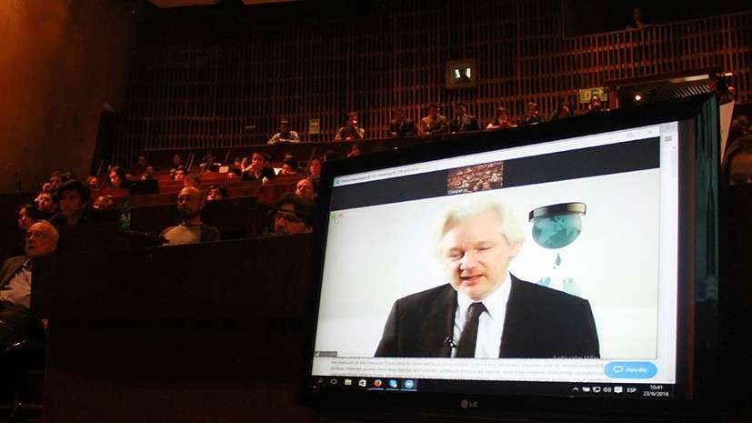 Пресс-конференция основателя портала WikiLeaks Джулиана Ассанжа по документам ЦРУ