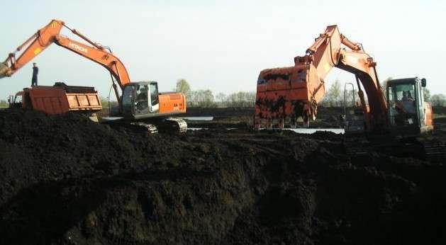 Из Украины начали вывозить чернозём в Швецию