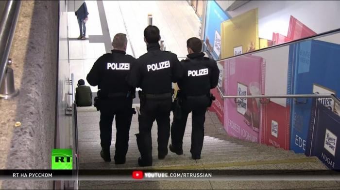 В Германии нападения мигрантов понижают рейтинг Ангелы Меркель на выборах