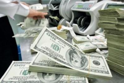 Украина: кредит МВФ в обмен на пенсии и землю. Страна продана!