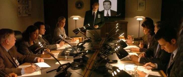Как русский посол над тупыми агентами ФБР издевался