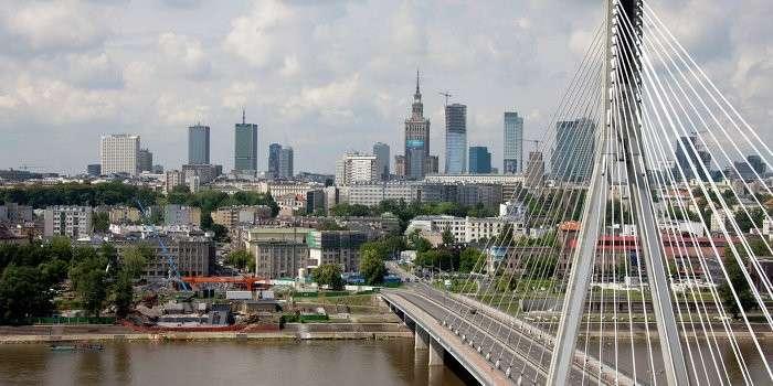 Участие Польши в украинском кризисе губит её фермеров