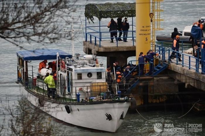 Диверсия на Ту-154 Сочи: «пилот посадил самолет на воду», врут СМИ