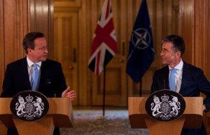 Европейские сдерживатели России никак не успокоятся
