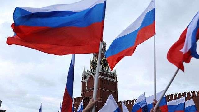 Либералы и русофобы: Макаревича тошнит от патриотизма