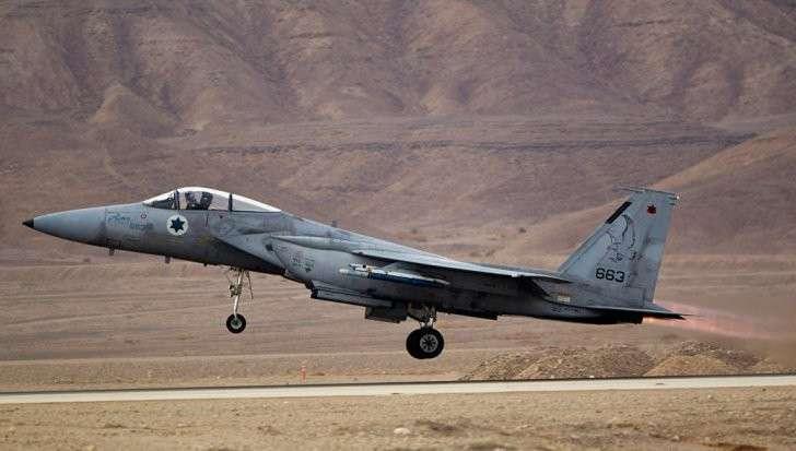 Самолёт террористического Израиля сбила армия Сирии