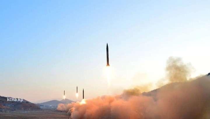 Лидер КНДР назвал испытание ракетного двигателя