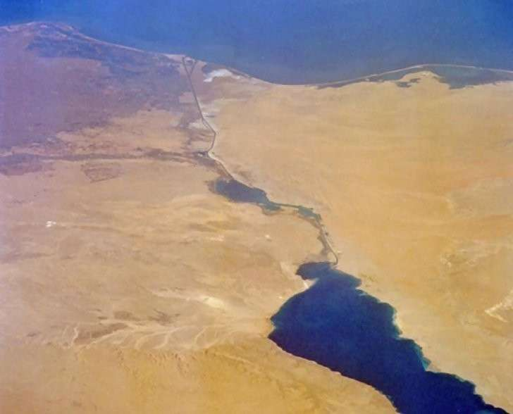 Железная дорога из России в Индию уменьшит зависимость от Суэцкого канала