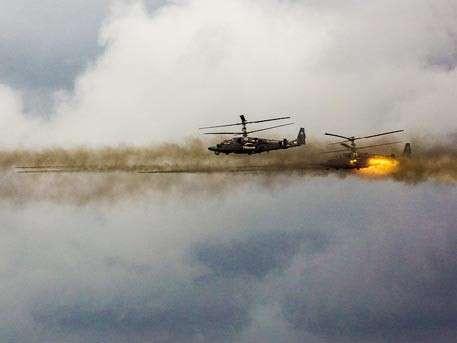 ВДВ, ВКС и Черноморский флот поборются с условными террористами в Крыму