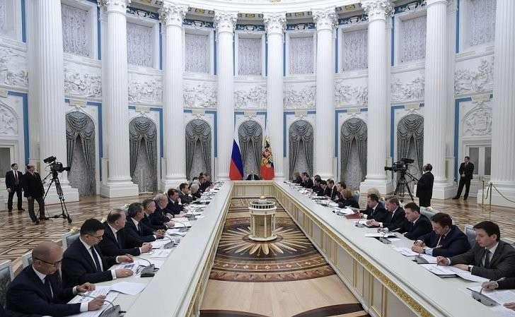 Владимир Путин провёл заседание Совета постратегическому развитию иприоритетным проектам