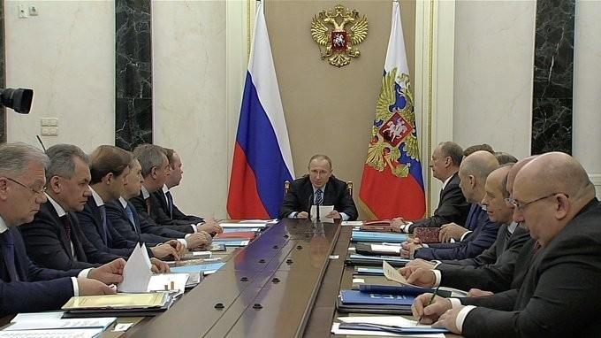 Владимир Путин провёл заседание повоенно-техническому сотрудничеству синостранными государствами