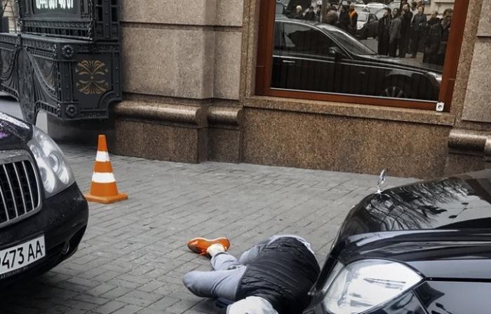 Убийца Вороненкова умер в больнице Киева. Концы зачищены