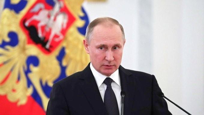 Владимир Пути поздравил офицеров с назначением на высшие командные должности и поставил им задачи