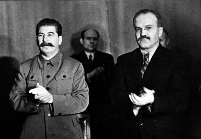 Как Россия троллила русофобский альянс НАТО своим вступлением
