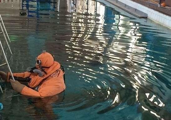 Уникальный костюм для спасения подводников создали вРоссии