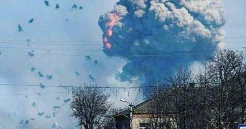 Шокирующие кадры постапокалиптического пейзажа после пожара и взрывов в Балаклее