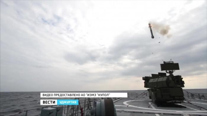 Уникальные испытания сухопутной ЗРК «Тор-М2КМ» нафрегате «Адмирал Григорович»