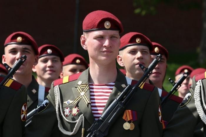 В России сегодня отмечается День войск Росгвардии!
