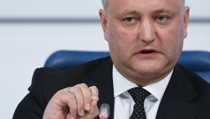 Президент Молдавии Игорь Додон ломает коррупционную систему Плахотнюка
