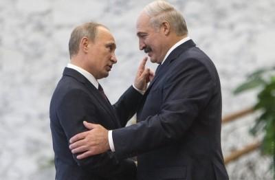 Лукашенко назвал Путина родным братом и готов отстреливаться «спина к спине»