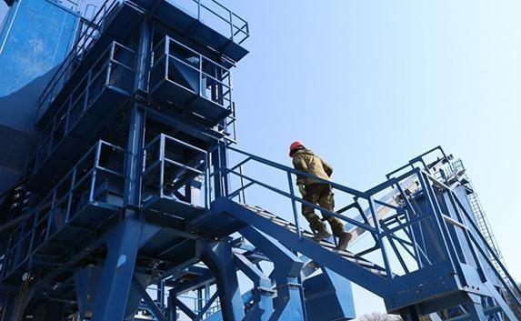 Начал работу первый в Севастополе государственный асфальтобетонный завод