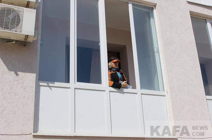 Отель «Колючая проволока», или крымские «переговоры» в стиле 90-х