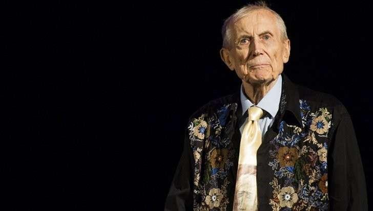 США: скончался известный поэт-диссидент Евтушенко