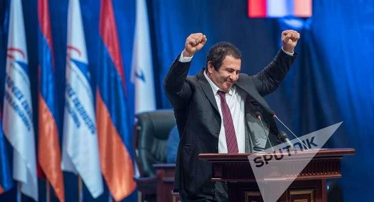 «Это будет интересная борьба»: в Армении выбирают новый парламент