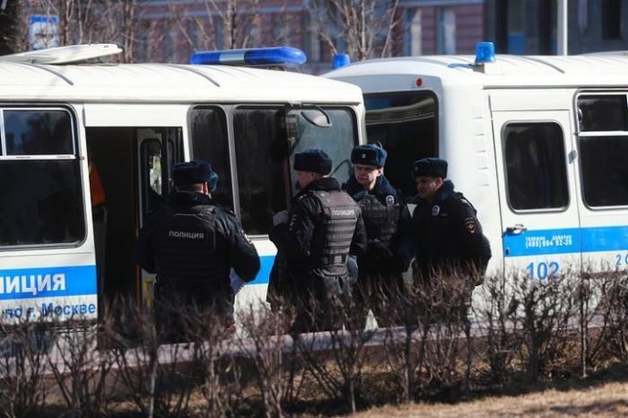 Митинг 2 апреля: с треском провалился. На Триумфальной площади задержаны 30 человек