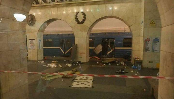 Петербургское метро полностью закрыто на вход и выход